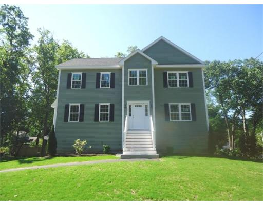 24  Greenville Street,  Billerica, MA