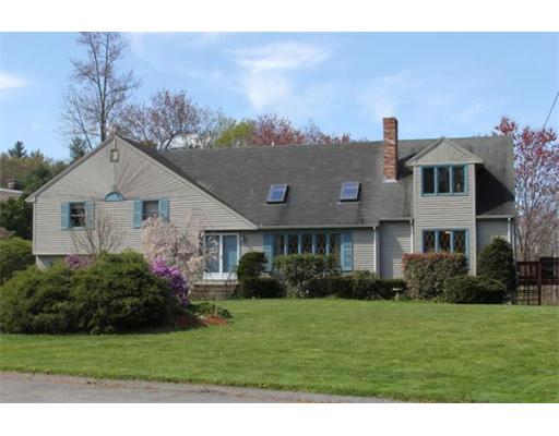 49  Appaloosa Dr,  Methuen, MA