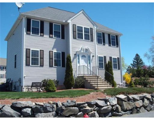 274  Oakland Avenue,  Methuen, MA