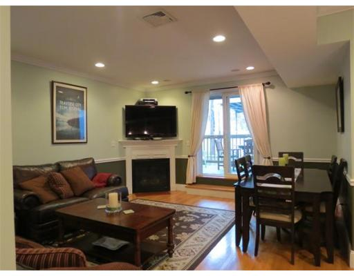 Boston MA Open Houses | Open Homes | CPC Open Houses, Beautifully maintained condo situated in heart of South Boston on East side  st