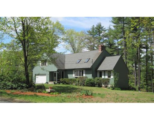 278  Massapoag Rd,  Tyngsborough, MA