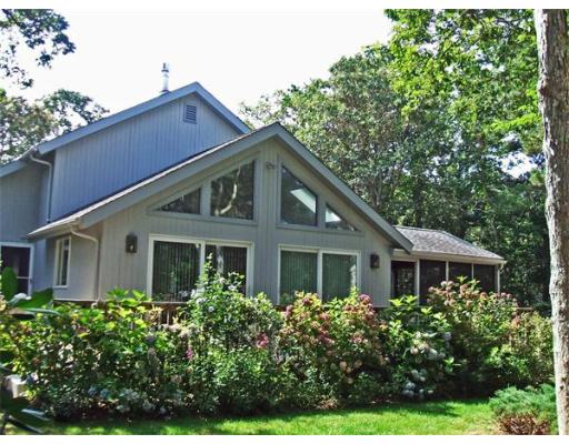 2  Hotchkiss,  Edgartown, MA