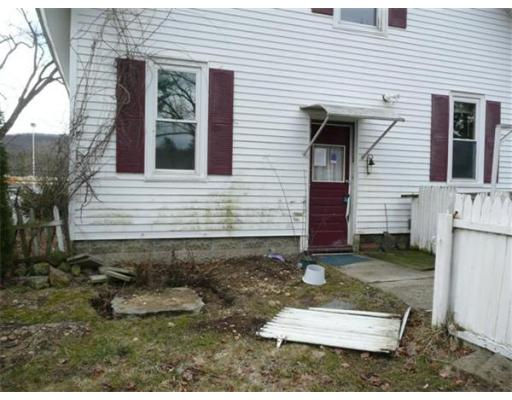 157 West St, Ware, MA 01082