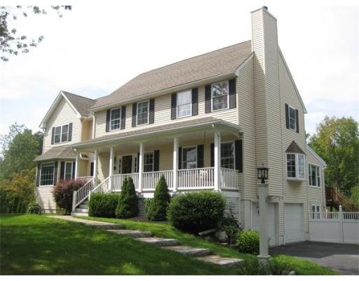 153  Maple St,  Methuen, MA