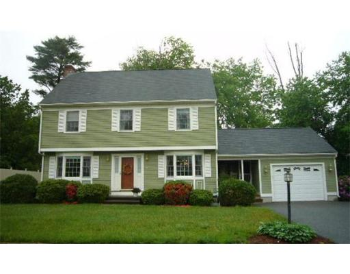 8  Cedar Grove Ave,  Tyngsborough, MA
