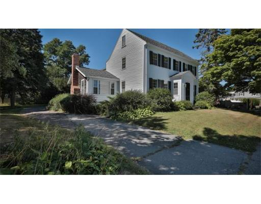 284  Water St,  Newburyport, MA