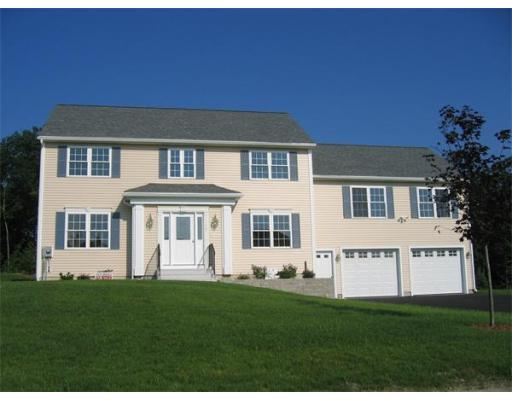 196  Tibbett Circle,  Fitchburg, MA