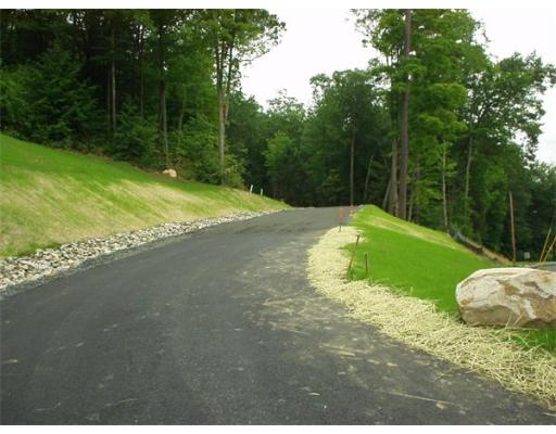 Additional photo for property listing at 1 Westhampton Road  Northampton, Massachusetts 01062 Estados Unidos