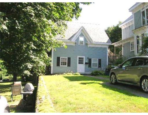 $124,000 - 1Br/1Ba -  for Sale in Amesbury