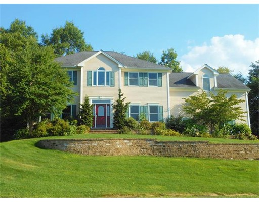 15  San Souci Dr,  South Hadley, MA