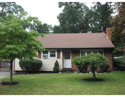 45  Dartmouth Terrace,  Brockton, MA