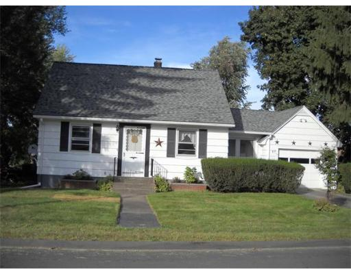 Auburn MA Open Houses | Open Homes | CPC Open Houses, Lovely 2 bedroom cape in desirable Pakachaog area.  Located on a dead end street