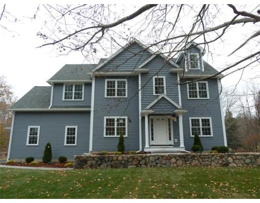 $589,900 - 4Br/3Ba -  for Sale in West Newbury