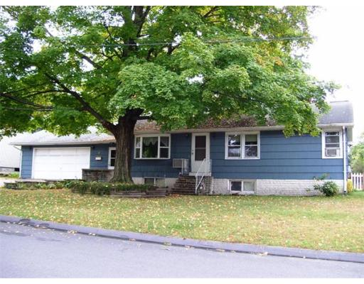 37  Albert St,  Chicopee, MA
