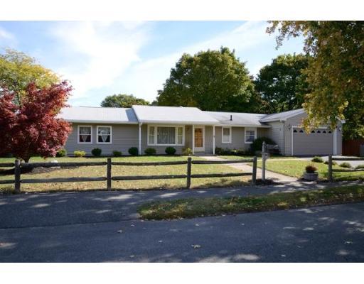 独户住宅 为 销售 在 4 Azalea Lane 皮博迪, 马萨诸塞州 01960 美国