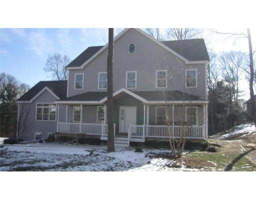 21  Whites Hill Dr,  Braintree, MA