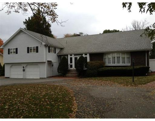 Luxury House for sale in 198 Ridge St , Winchester, Middlesex