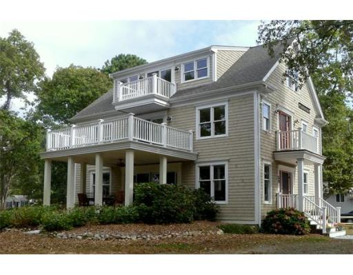 58  Monomoscoy Road West,  Mashpee, MA