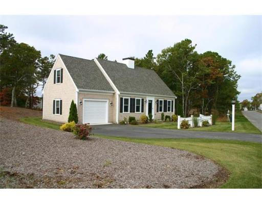 3  Dovetail Ln,  Barnstable, MA