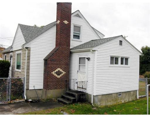 347  Common St,  Braintree, MA