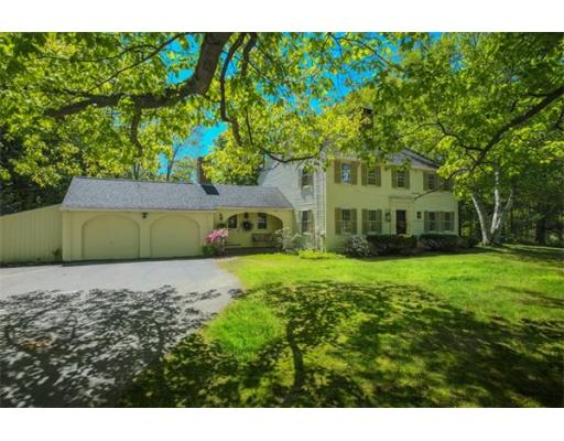 $549,900 - 4Br/3Ba -  for Sale in Jewell Towne Village, South Hampton