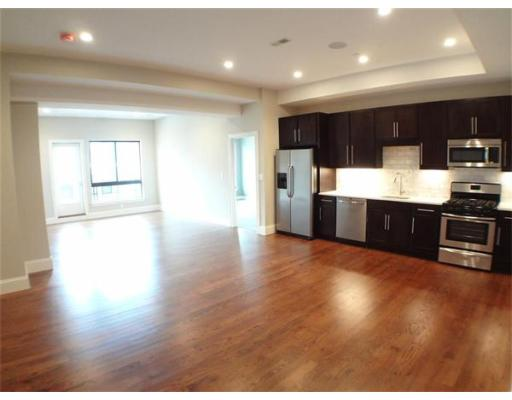 Additional photo for property listing at 339 D Street 339 D Street Boston, Massachusetts 02127 Vereinigte Staaten