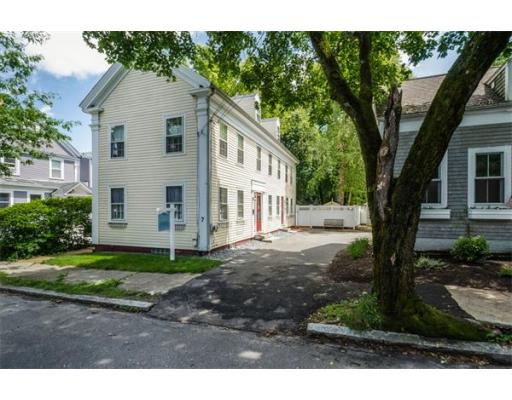 7  Woodland St,  Newburyport, MA