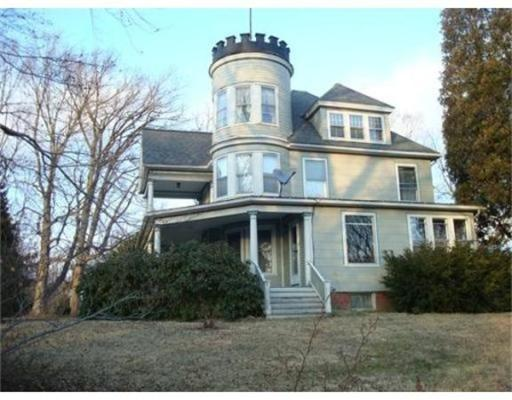 Casa Unifamiliar por un Venta en 108 College Street South Hadley, Massachusetts 01075 Estados Unidos