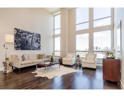 Condominium for sale in 360 NEWBURY, 807 Back Bay, Boston, Suffolk