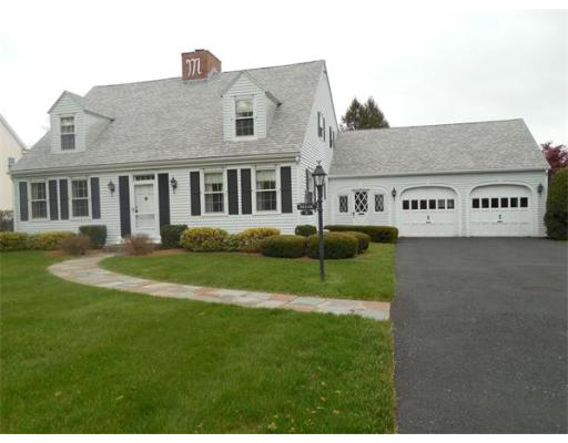 8  Silverwood Terrace,  South Hadley, MA