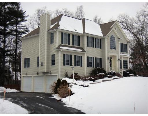 $850,000 - 4Br/3Ba -  for Sale in Campbell Forest, North Andover