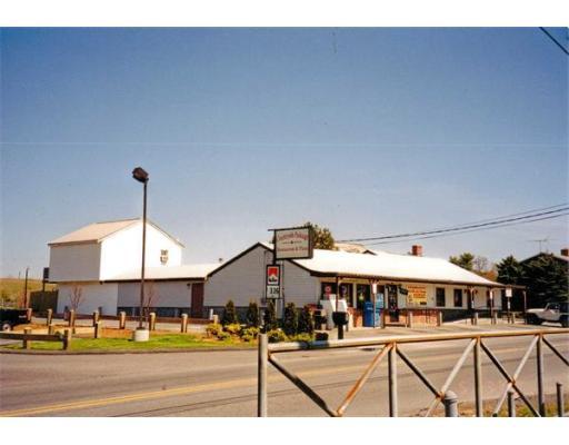 商用 为 销售 在 130 Myricks Street Berkley, 马萨诸塞州 02779 美国