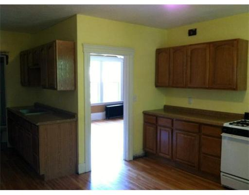 Rental Homes for Rent, ListingId:26642604, location: 28 Duxbury Rd Worcester 01605