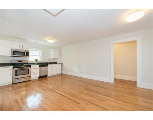 Квартира для того Аренда на 5 Riverside Place #1 5 Riverside Place #1 Cambridge, Массачусетс 02139 Соединенные Штаты