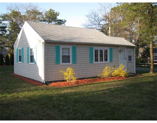 73  Breezy Point Rd,  Yarmouth, MA
