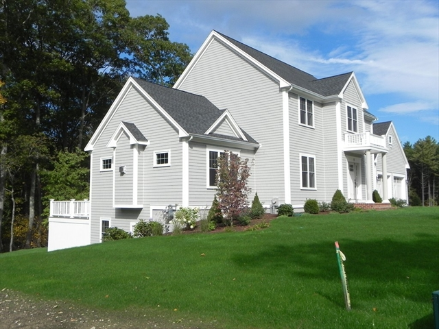 Photo #3 of Listing 9 Deer Common Drive