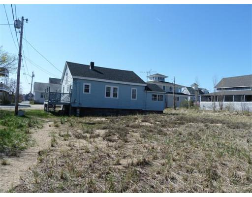 $245,000 - 3Br/1Ba -  for Sale in Newburyport