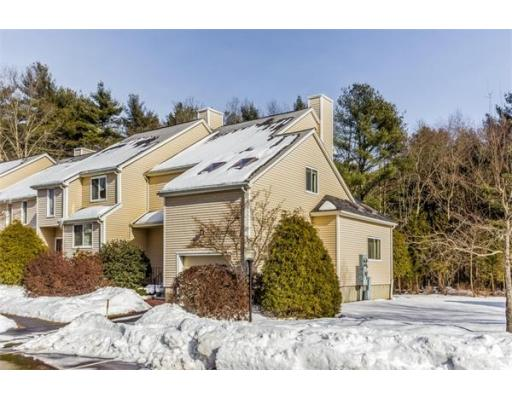 93  Gaslight Ln,  Easton, MA