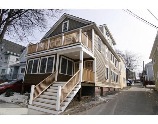 Property Of 33 Linden Avenue