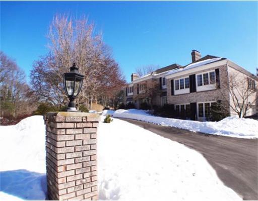 15 Garland Road, Lincoln, MA 01773