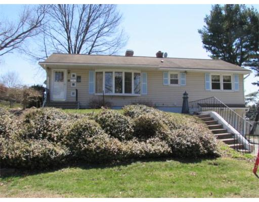 25  McKinley Ave,  South Hadley, MA