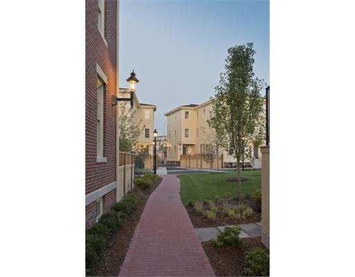 Condominium/Co-Op for sale in Warren Green, 0 Charlestown, Boston, Suffolk