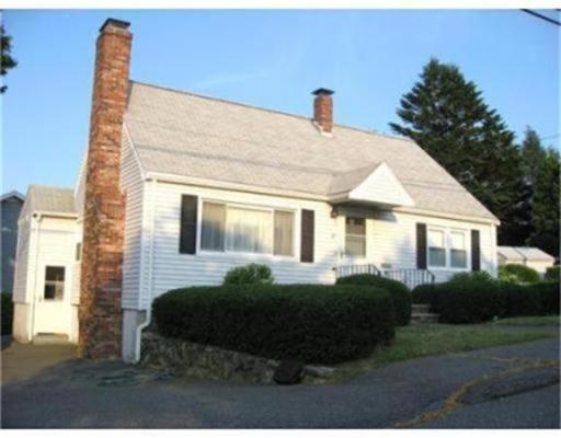 Additional photo for property listing at 27 Valley Street  Salem, Massachusetts 01970 United States