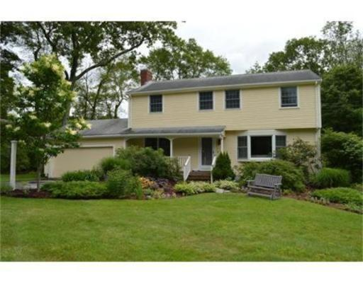 55  Blackberry Ln,  Framingham, MA
