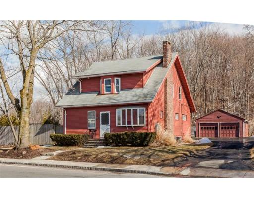 83  Lamb St,  South Hadley, MA