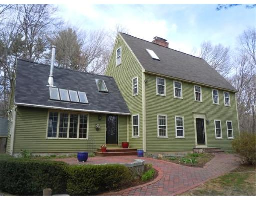$399,900 - 3Br/2Ba -  for Sale in Amesbury