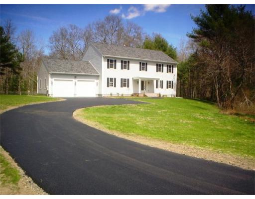 188 Chase Rd, Freetown, MA 02717