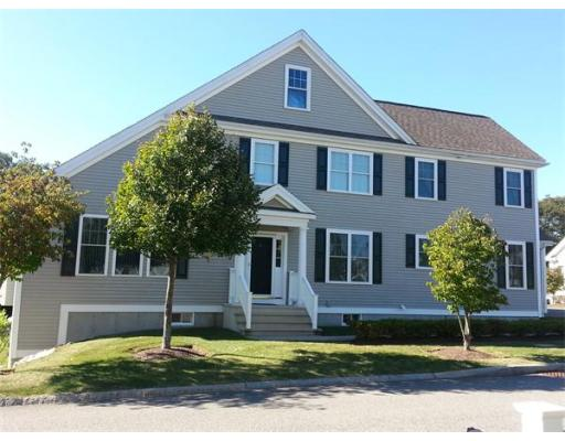 8  Margauxs Way,  Norfolk, MA