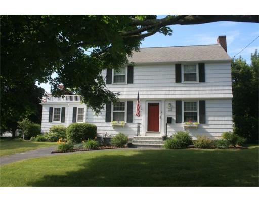 121  Foley Ave,  Somerset, MA