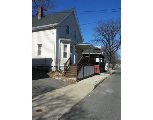 113  Willaims Ave,  Lynn, MA